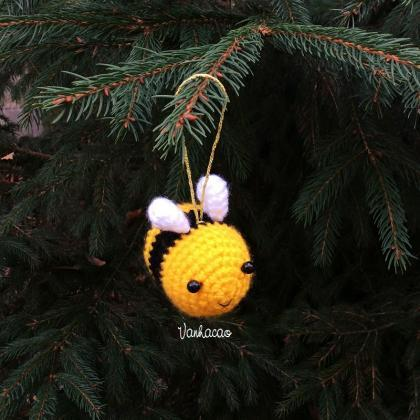 Bee Keychain/Ornament - Handmade Ha..